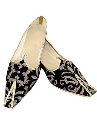 Mens Black and Golden Designs Groom Shoes